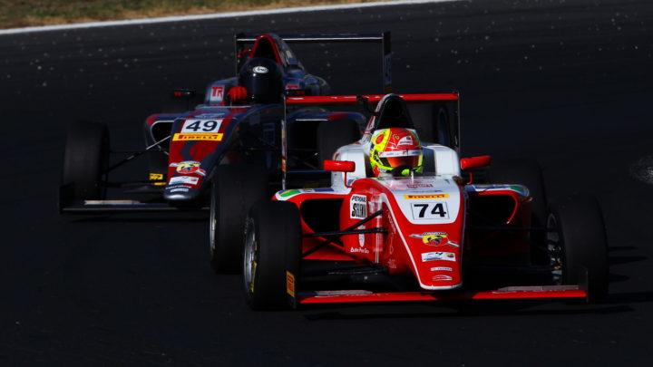 Enzo Fittipaldi conquista pódio em Vallelungachega pela F4 Italiana e briga pelo título