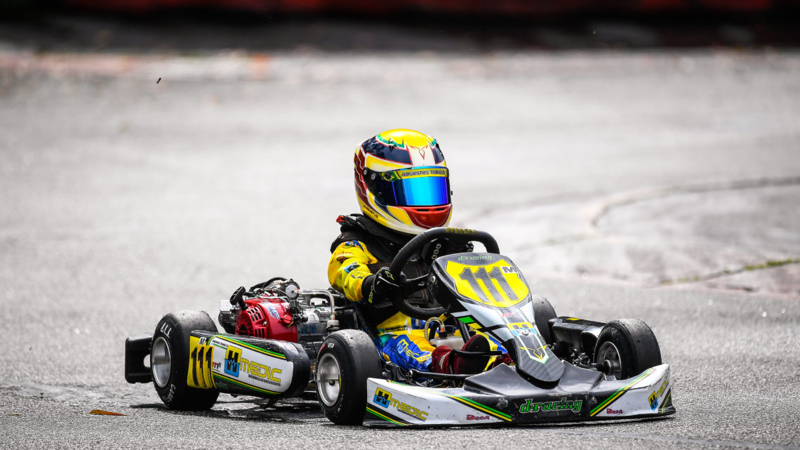 Augustus Toniolo é vice-campeão da etapa final do SPR no Beto Carrero