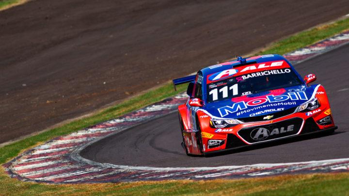 Rubens Barrichello conquista mais um pódio e diminui diferença na briga pelo campeonato da Stock Car