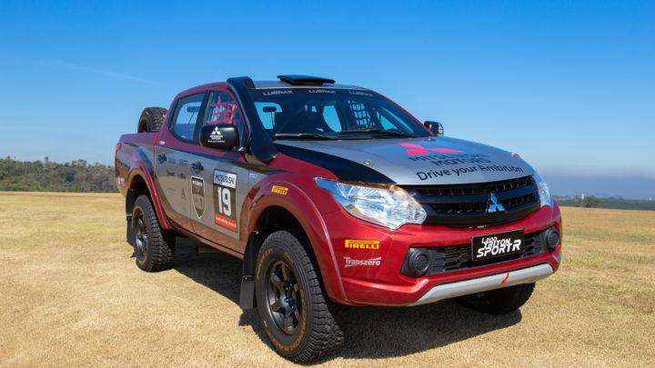 Mitsubishi Motors L200 Triton Sport R para provas de rally