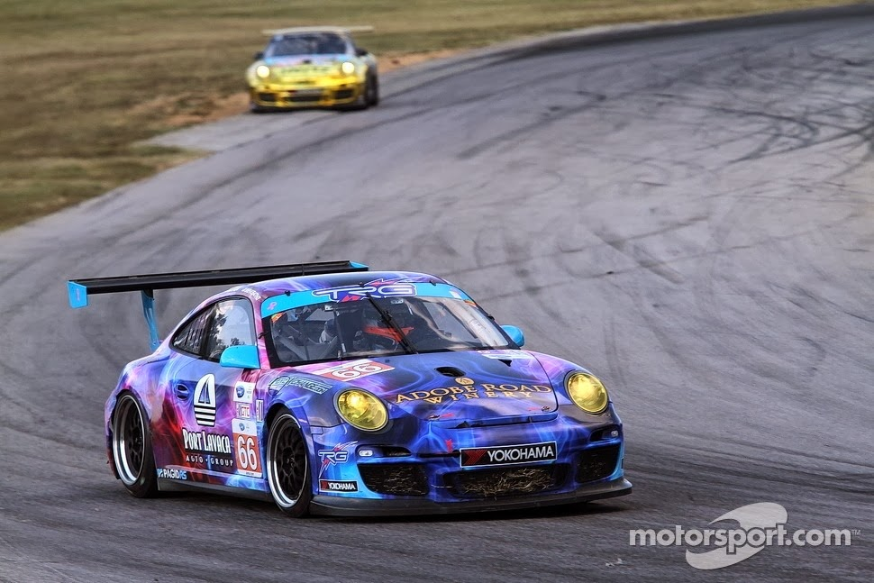 Porsche da NGT vence na GTC.