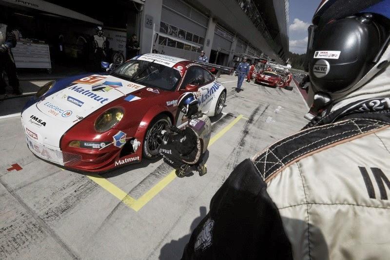 Porsche1_thumb-25255B2-25255D