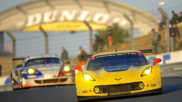 2014-24-Heures-du-Mans-74-CORVETTE-RACING-252528USA-252529-CHEVROLET-CORVETTE-C7-ACA-1424H-D316345_hd_thumb-25255B1-25255D