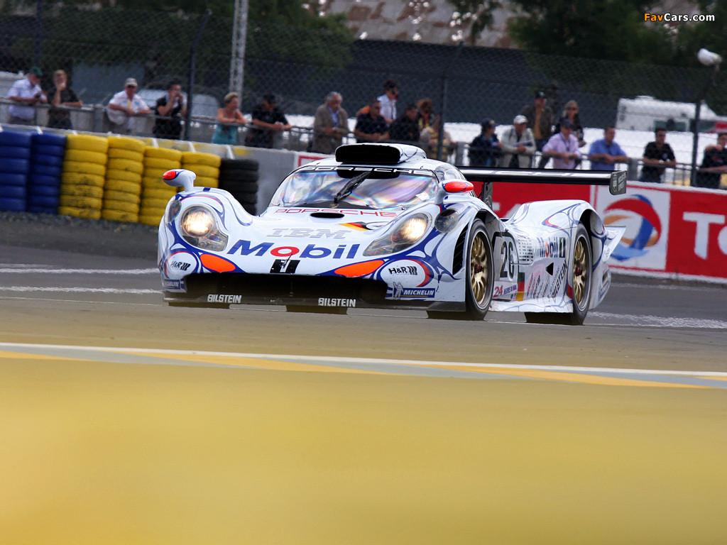 #19 remete a última participação da marca em Sarthe em 1998 com o 911 GT1