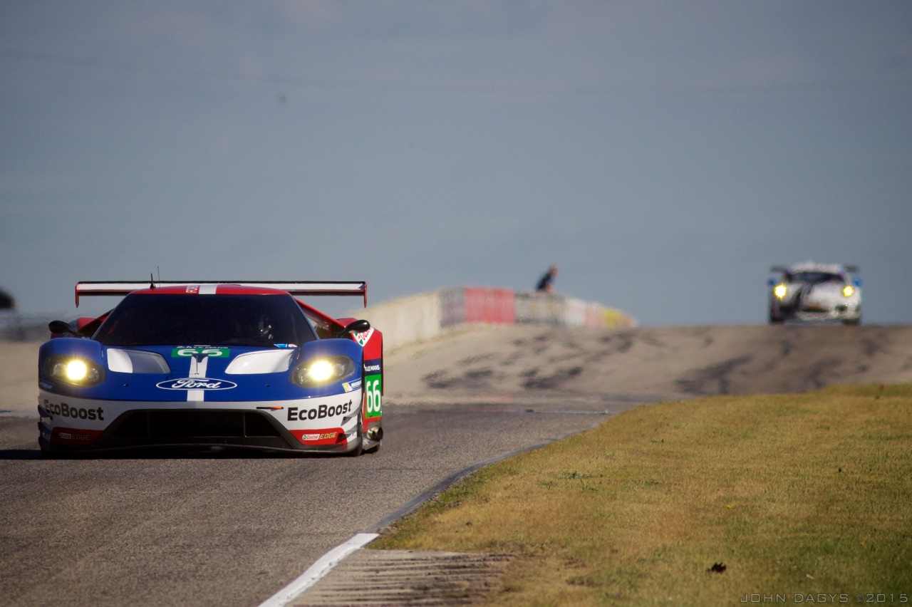 Preparação do Ford GT está sendo similar a do Corvette C7.R. (Foto: Divulgação John Dagys)
