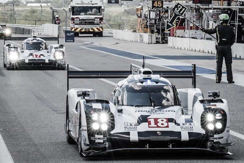 Porsche começa na frente. (Foto: FIA WEC)