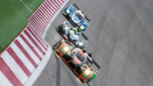 Brasileiro está na terceira posição da classe LMP2. (Foto: FGCom)