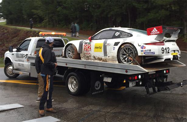 Pole na classe GTLM, Porsche #912 também foi vítima da chuva. (Foto: Tony DiZinno)