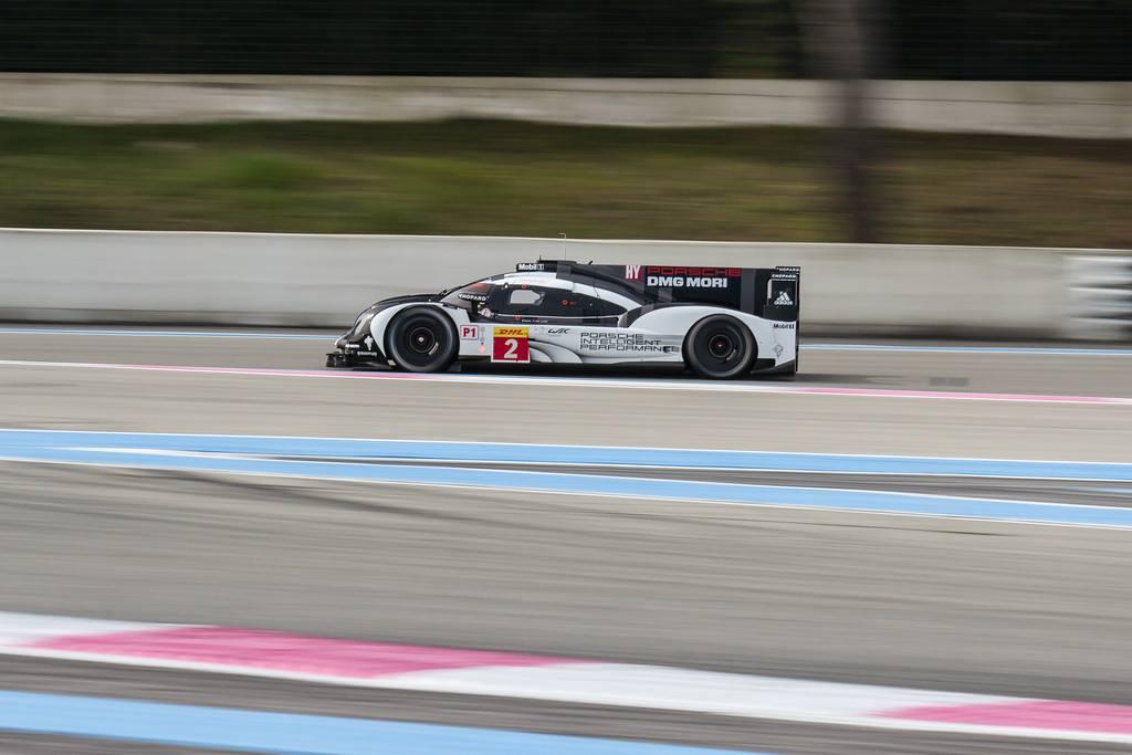 Porsche na frente. (Foto: FIAWEC)