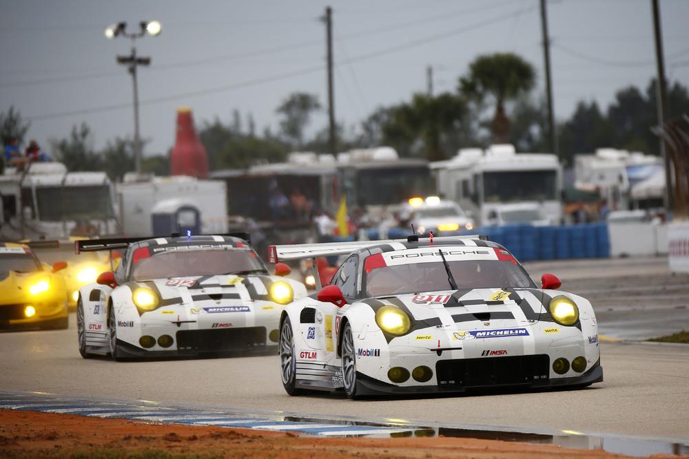 Nos EUA os carros oficiais serão pilotados por Patrick Pilet e Nick Tandy no #911 . Já no #912 Earl Bamber e Frédéric Makowiecki. (Foto: Porsche AG)