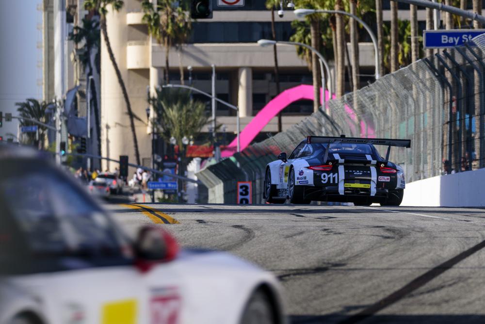Presença da Ford pode fazer a Porsche voltar com suas cores para 2017. (Foto: IMSA)