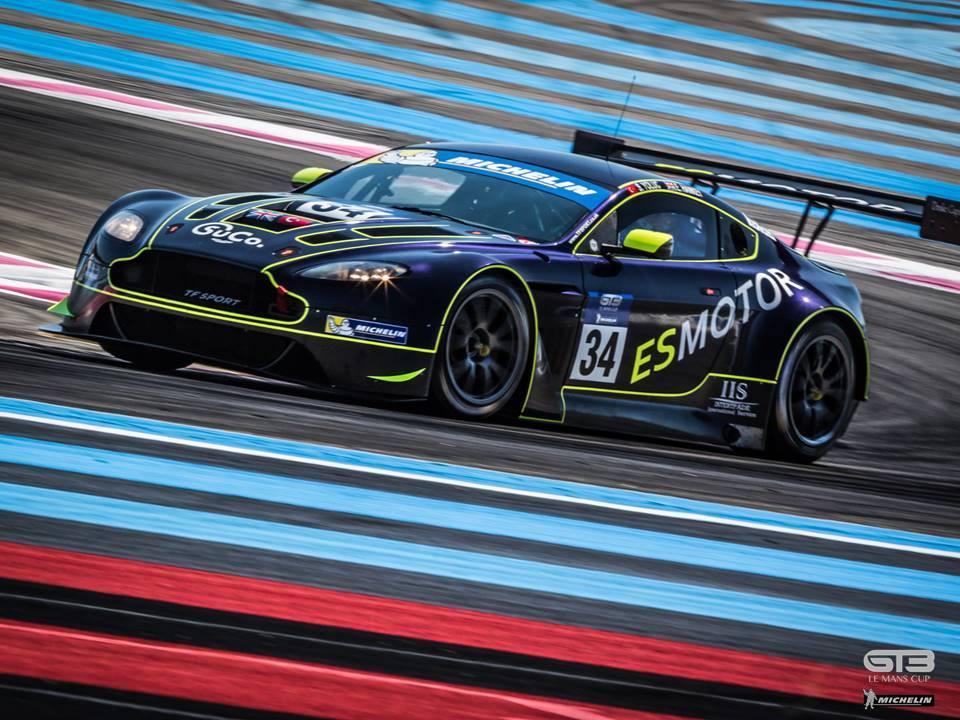 Aston Martin da TF Sport. Chega na terceira posição depois de duas punições e ainda lidera o campeonato. (Foto: GT3 Le Mans Cup)