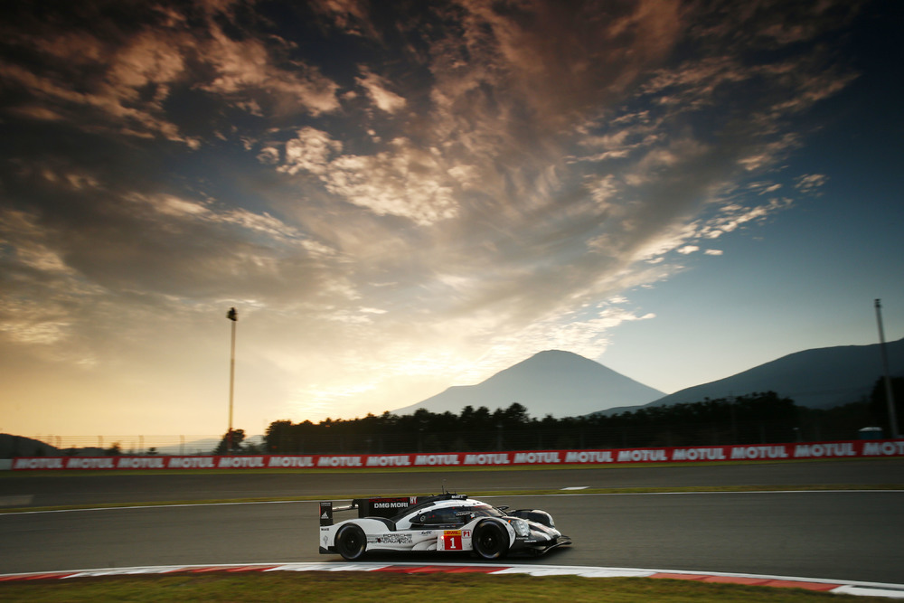 Porsche, a equipe mais rápida do dia. (Foto: Porsche AG)