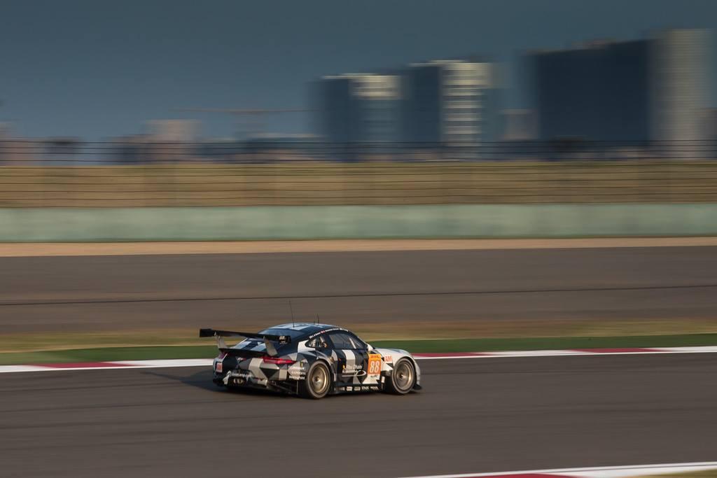 Porsche vence na GTE-AM. (Foto: AdrenalMedia)
