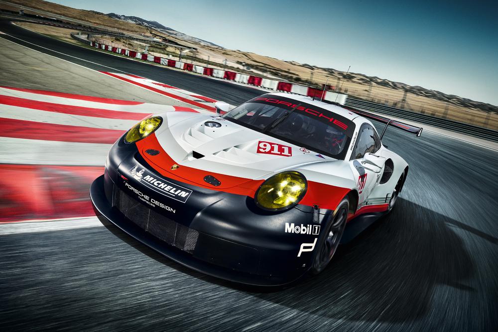 Novo 911 RSR, mantém motor aspirado. (Foto: Porsche AG)
