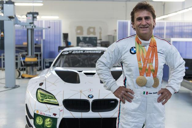 Parceria de Zanardi com a BMW pode ajudar o italiano a competir em Le Mans. (Foto: Divulgação BMW)