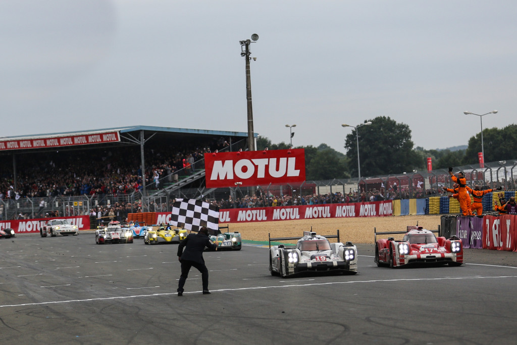 Porsche conquista 18º vitória no geral em 2015. (Foto: AdrenalMedia)