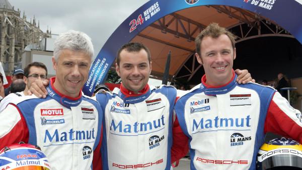 Raymond Narac, Nicolas Armindo, Patrick Pilet nas 24 horas de Le Mans em 2011. (Foto: dedeporsche.com)