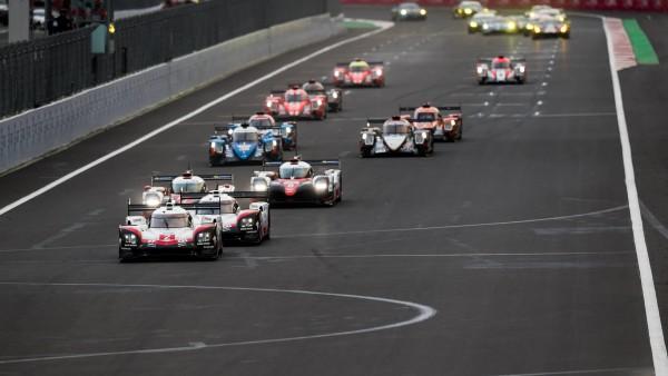 Porsche não encontrou dificuldades em superar a Porsche. (Foto: FIAWEC)
