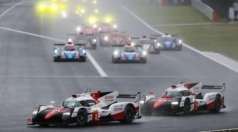Mesmo em bandeira verde Toyota foi um adversário difícil para a Porsche. (Foto: Divulgação)