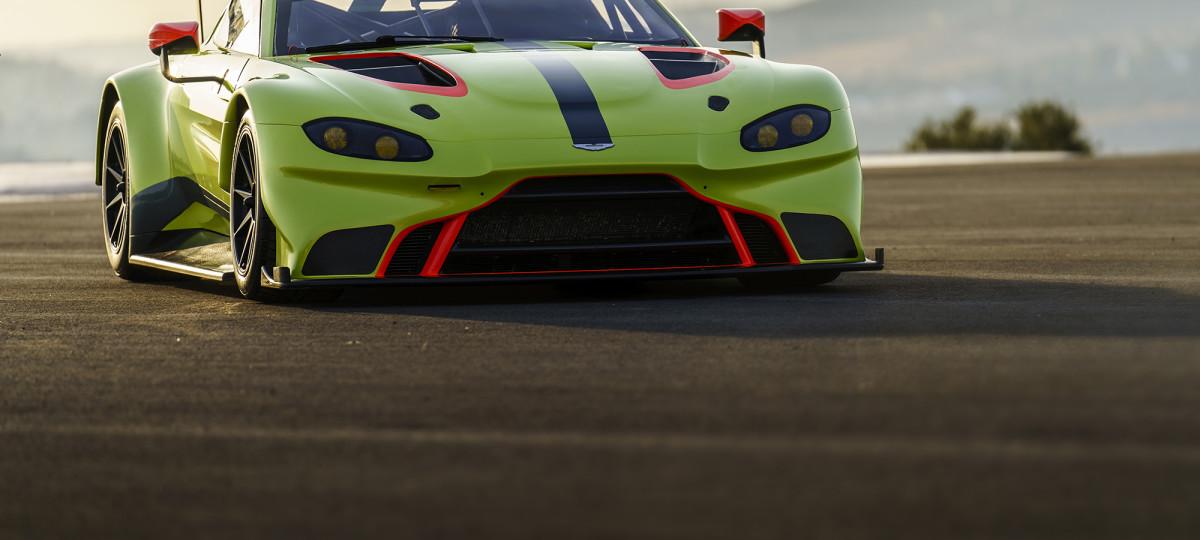 Aston-Martin-Racing_2018-Vantage-GTE_02 | bongasat.com.br