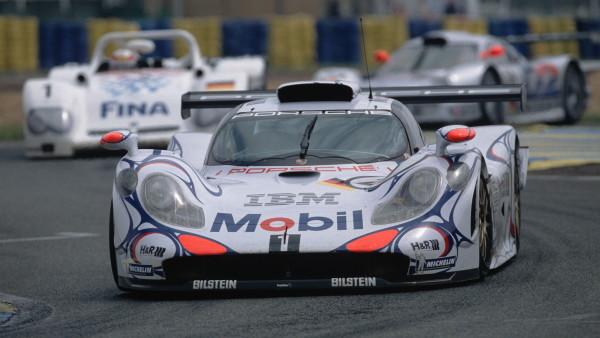 Porsche 911 GT1 de 1998, um protótipo com cara de GT. (Foto: Divulgação)