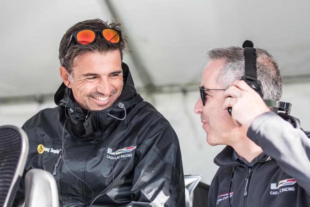 Christian Fittipaldi (à esquerda) conversa com João Barbosa  (José Mário Dias)