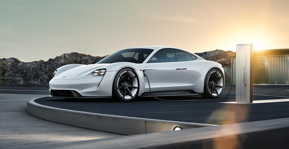 Modelos Porsche cade vez mais elétricos. (Foto: Porsche AG)