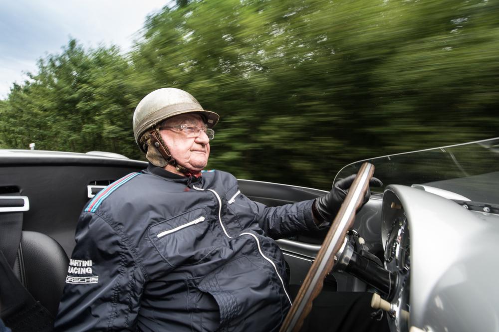 Hermann foi um dos principais pilotos da Porsche. (Foto: Porsche AG)